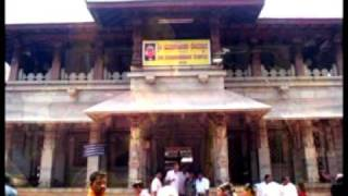 Kollur Sri Mookambika Stothram sung by Kalyani Menon