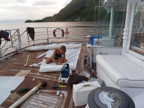 Part 3/8: Galapagos - Bora Bora, Laura Dekker, youngest to circumnavigate the world singlehandedly