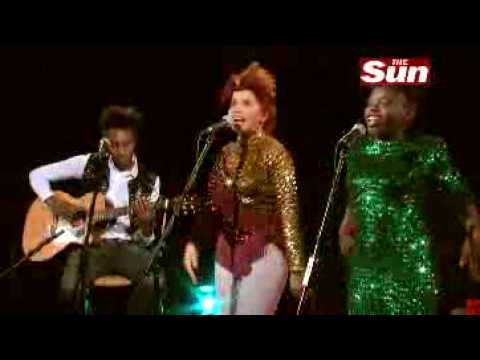 Paloma Faith Unplugged Live Session for Stone Cold Sober in 2009