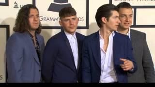 Arctic Monkeys posing at Grammys 2015