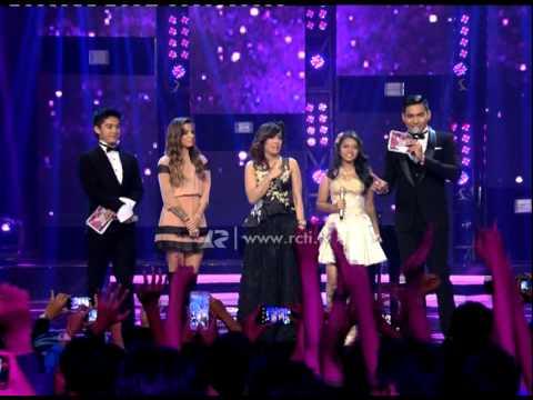Christina Perri, Novita Dewi and Hanin Dhiya - Mega Konser Dunia