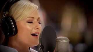 Helene Fischer | Maria durch ein' Dornwald ging (Aufnahmen Abbey Road Studios, London) thumbnail