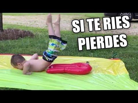 INTENTA NO REIR CON LYNA   CAIDAS DE NIÑOS EN TOBOGANES