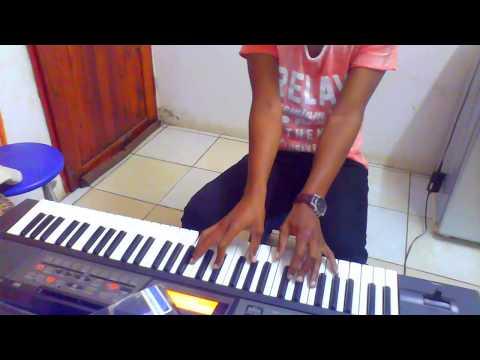 Elshadai Medley - Spirit of praise 5 ft  Benjamin Dube  on piano... C#