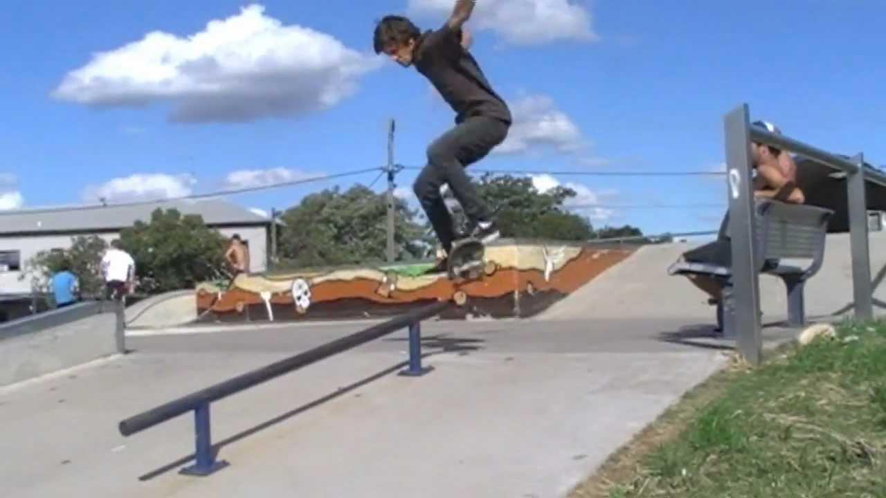 Roller skate xtreme - Duddo Skate Park Roller Blades