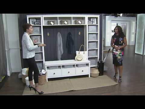 How to create a mudroom in a small space