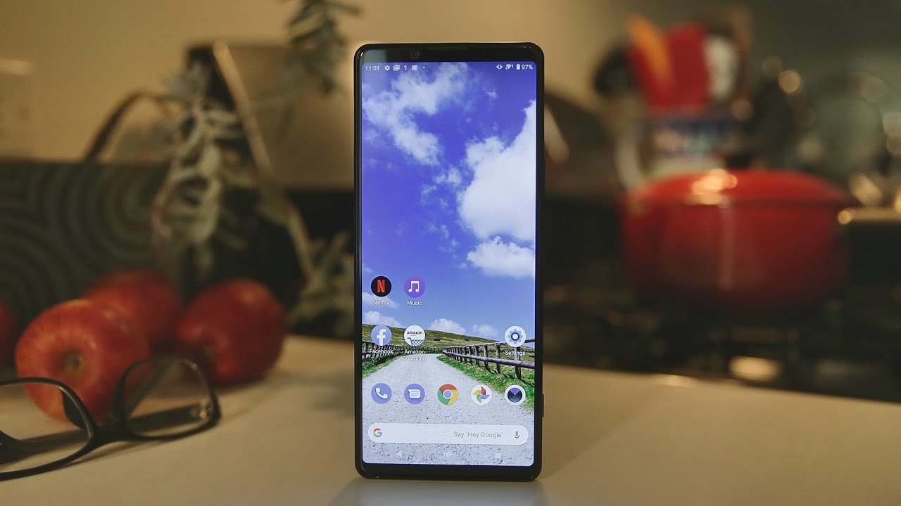 Sony Xperia 1 II review - CNET thumbnail