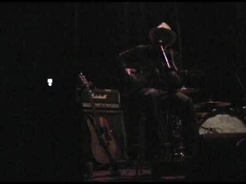 guitar slide guitar  river side blues performed by swampcandy
