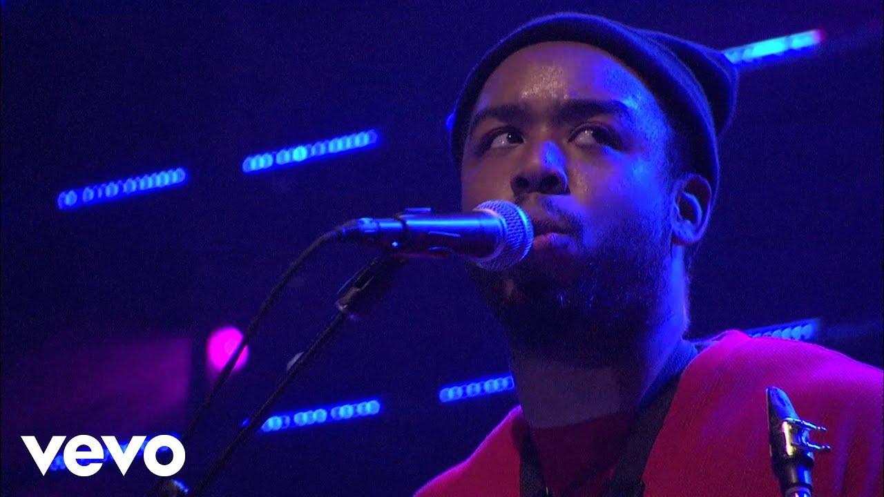 Download Snoop Dogg - Those Gurlz Reprise (Live at the Avalon) ft. Latoiya Williams