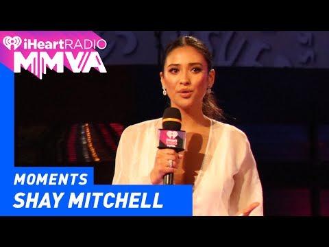 Shay Mitchell, Alessia and Joe Introduce Julia Michaels   2017 iHeartRadio MMVAs