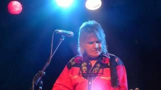 Mike Peters of The Alarm Marching On (Live)   wc