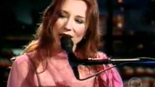 tori amos real men craig kilborn  2001