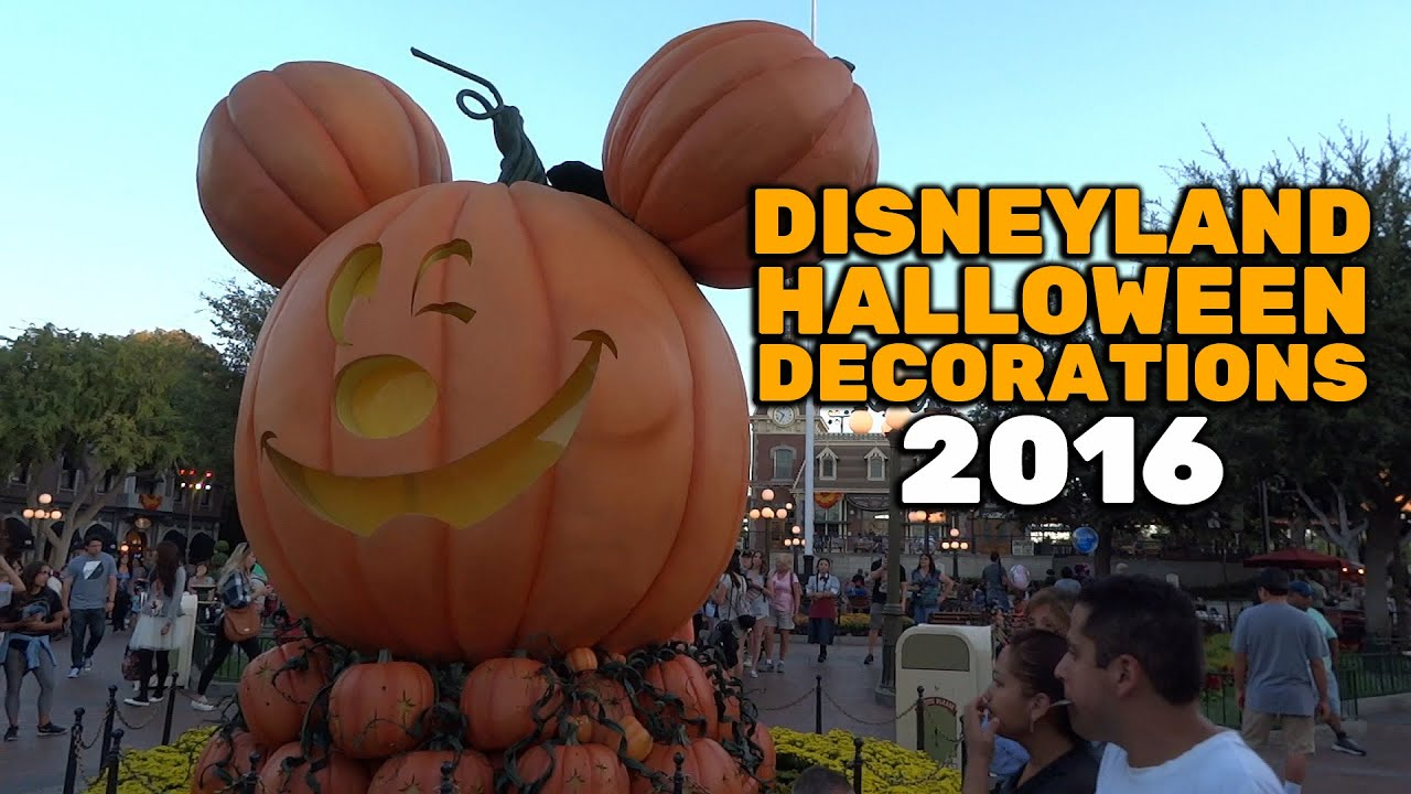 halloween decorations at disneyland 2016 youtube - Halloween 2016 Decorations