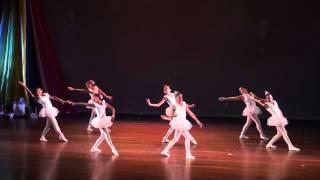 Baile de Navidad Grupo de Danzas Nacionalistas Así es Mi Tierra