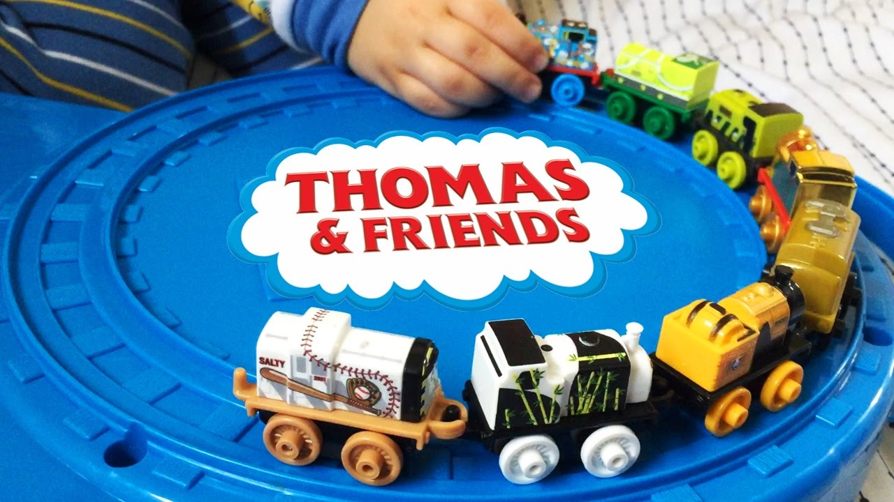 Play with mini THOMAS AND FRIENDS on the rail way. Thomas the Engine all aboard. Let's play kid