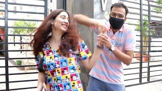 Disha Parmar Dances On Street With Her Friend On Madhanya