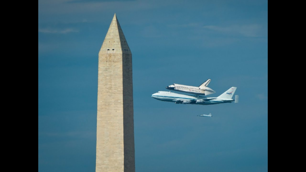 Space shuttle Discovery's final flight over D.C. - YouTube