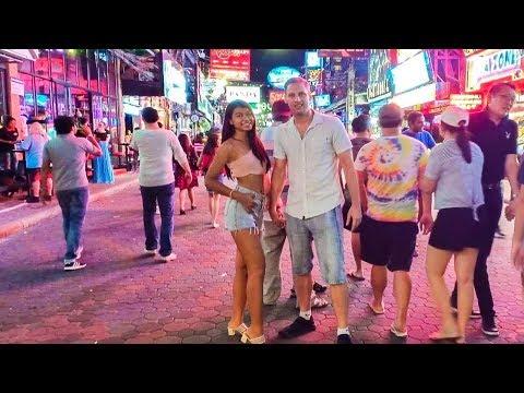 Walking Street Pattaya - I Got The Best Thai Girl
