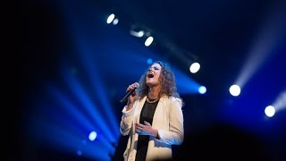 Baixar Hillsong United - Oceans live at Colour Conference