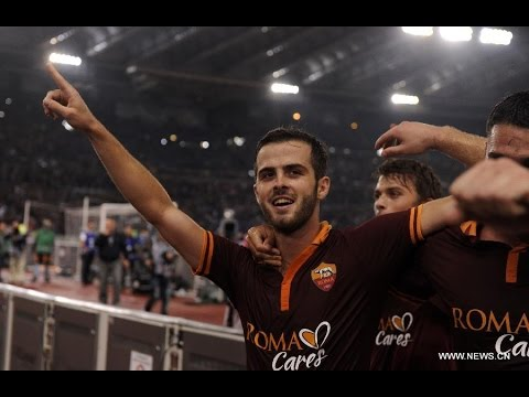 Miralem Pjanic - Top 5 Goals Ever HD