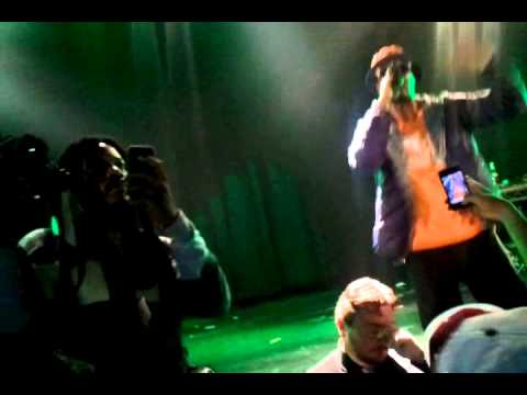 Veja o video -Juicy J getting Trippy at the DGK skateboard video premiere at Avalon Hollywood