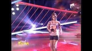 """Celine Dion - """"Power of Love"""". Vezi aici cum cântă Andreea Mihai la Next Star!"""