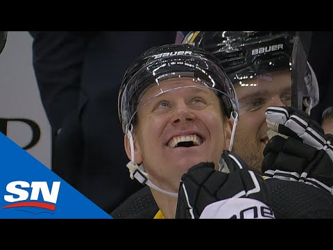 Patrick Hornqvist scores a natural hat trick in 2 minutes 47 seconds.