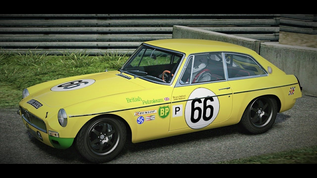 MG MGB GT \'66 Old classic rally car test drive - YouTube