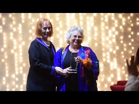 Wendy Rust receives Zonta 2017 Lifetime Achievement award