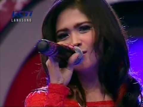 Audrey - Semua Tentang Kamu, Live Performed di Dahsyat (09/12) Courtesy RCTI