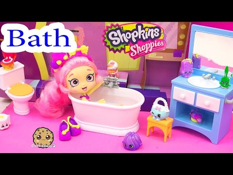 Shopkins Shoppies Doll Bubbleisha Takes Bath - Happy Together Water Play Bathroom Playset
