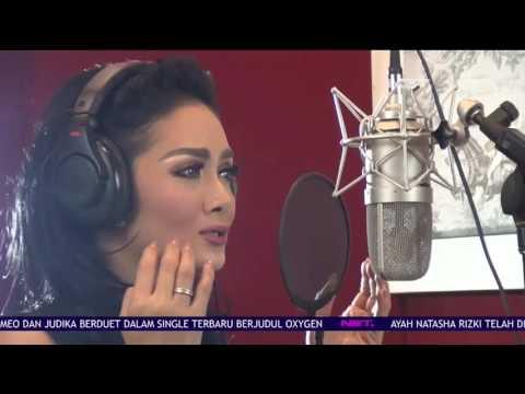 Krisdayanti Rekaman Single Terbaru Bersama Melly Goeslaw