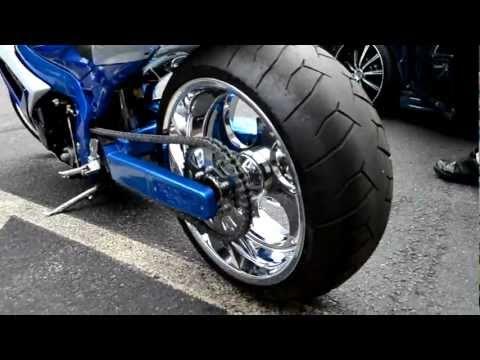 2012 Kawasaki Ninja Zx 14r First Ride moreover Sportbike Girl Wallpaper in addition JUrfiJ48BbM besides 128120 98 02 Zx6r 05 08 Zzr600 Picture Thread 54 as well Mfixtb3f7wa. on kawasaki zx 14 burnout