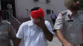 Gambar cover Kamal Sharma's former PA arrested for bribery in a drugs case