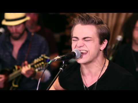 hunter-hayes---young-and-in-love-|-hear-and-now-|-country-now