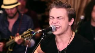 Hunter Hayes - Young And In Love | Hear and Now | Country Now