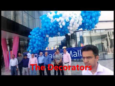 Packages Mall Opening By The Decorators