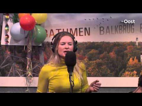 Sandra van Nieuwland: Stop the clocks