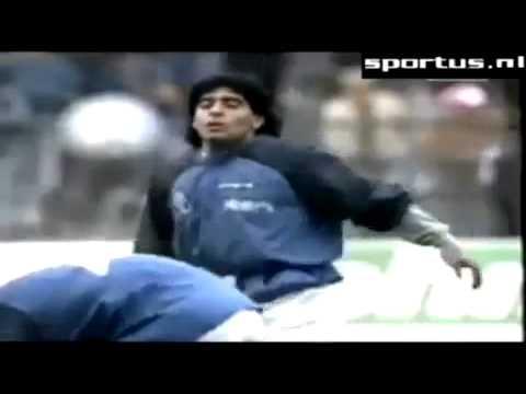 La mano de DIOS Cancion a Maradona