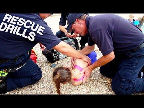 EMERGENCY POOL DROWNING RESCUE TRAINING - CPR AND WATER SAFETY DRILLS