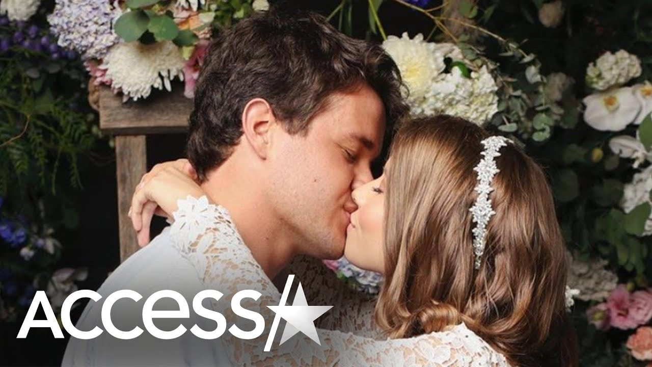 Bindi Irwin Marries Chandler Powell In Surprise Wedding: 'There Are No Words'
