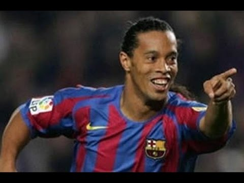 Ronaldinho Gaucho The god of Football at His Prime - YouTube