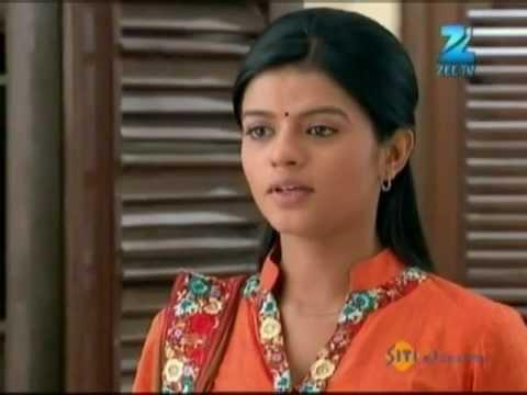 Download Afsar Bitiya   Best Scene   March 21 '12   Mitali Nag, Kinshuk Mahajan   Zee TV