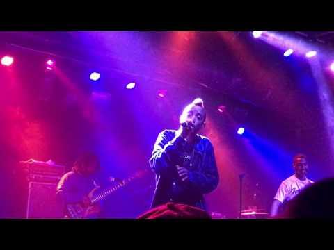 "Syd Performs ""No Complaints"" Live @ Baltimore Soundstage"