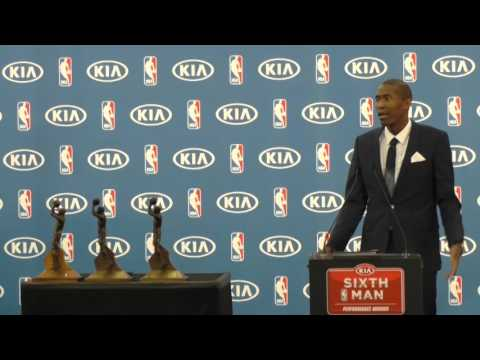 Jamal Crawford Wins 2016 6th Man of the Year Award