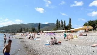 Пляж Криницы(Один из самых красивых пляжей Черного моря - это Криница. Смотрите сами - мы сняли видео в начале июля прямо..., 2014-07-09T04:49:23.000Z)
