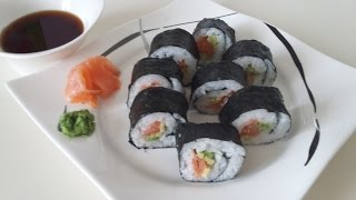 Роллы с лососем и авокадо в домашних условиях