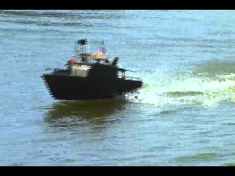 Patrol Boat Brown Water PBR pibber apocalypse now with Marlon Brando , Martin Sheen  full speed