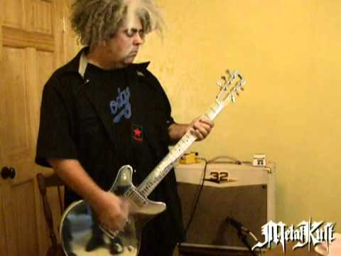 Melvins Lesson: King Buzzo Shows How to Play