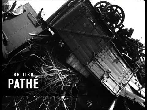 Train Crash - Slough - July 1941  (0)